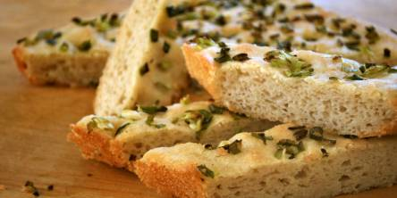 focaccia cut with green onions