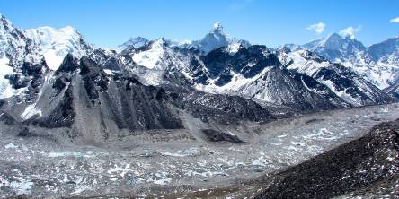 Everest Khumbu Glacier