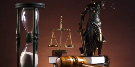 image of legal tools used by lawyers and judges