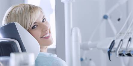 8 Alarming Signs That You Need to Visit a Dentist Immediately