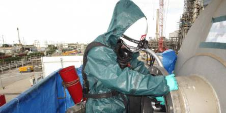 industrial-cleaning-services-chemical
