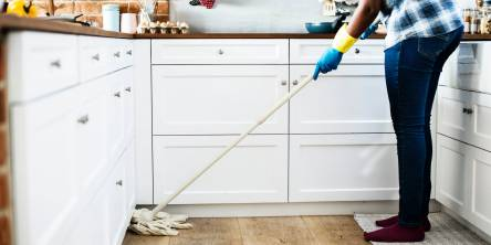 5 Reasons To Hire A Domestic Cleaner