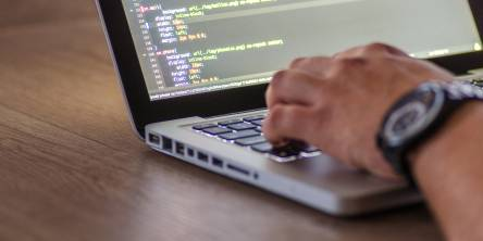 7 Tips to Run a Successful Software Development Process for Your Business