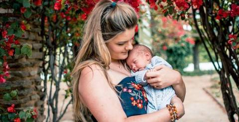 8 Stress-busting Tips for New Moms