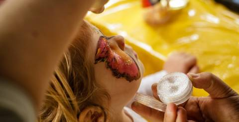 face painting child