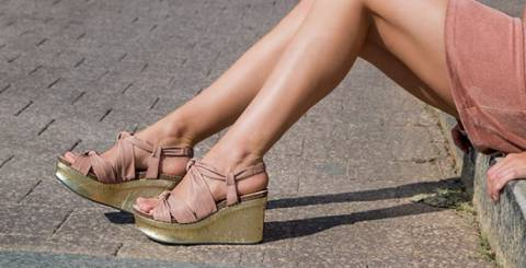 db1a9a6e68e1 6 Comfortable Wedge Sandal Trends to Follow in 2019