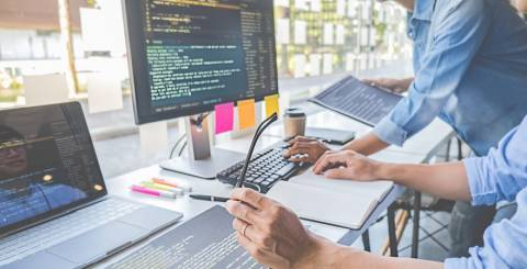 Factors to Consider When Looking to Outsource Software Development