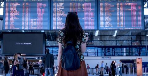 Expat: How to safely travel abroad?