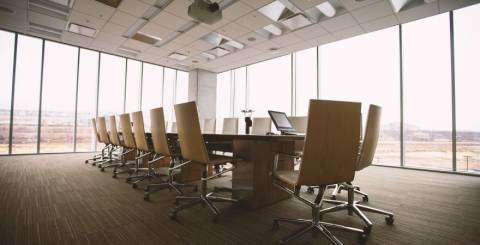 Office Space image via Pixabay
