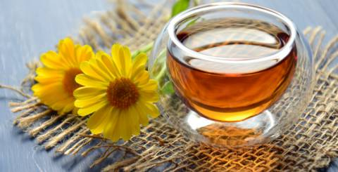 7 Scientific Health Benefits of Manuka Honey