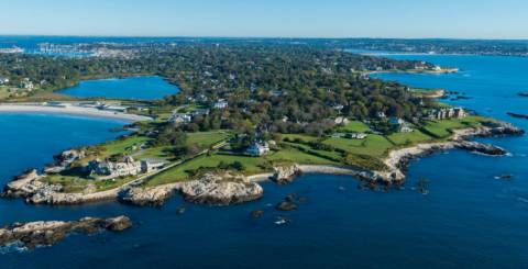 Entertainment spots in Rhode Island