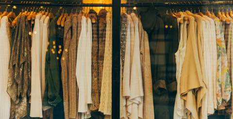 5 Tricks To Buying Wholesale Clothing